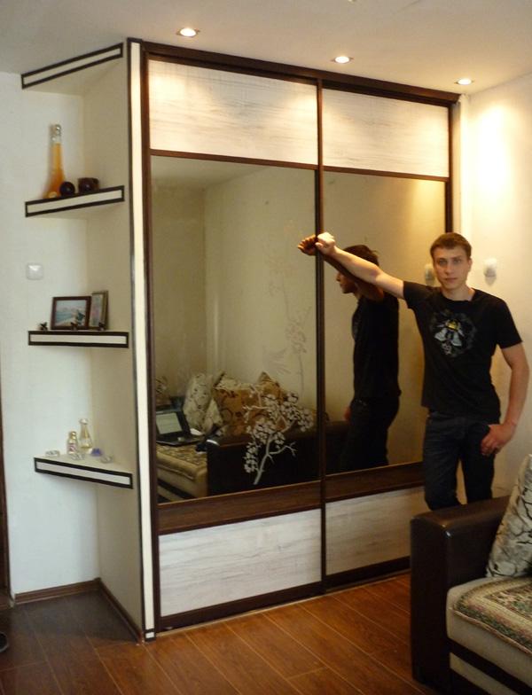 Шкафы с раздвижными дверями своими руками